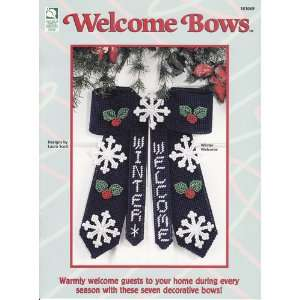 Plastic Canvas Welcome Bows: Laura Scott: Books