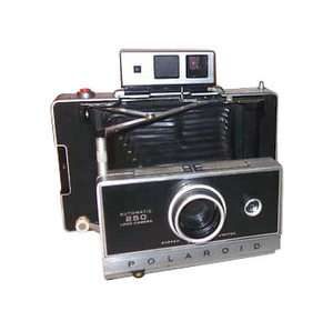 Polaroid Land 250 Rangefinder Film Camera |