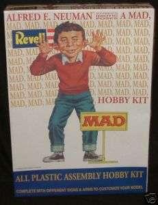 MAD : Alfred E. Neuman : Model Kit (DJ)