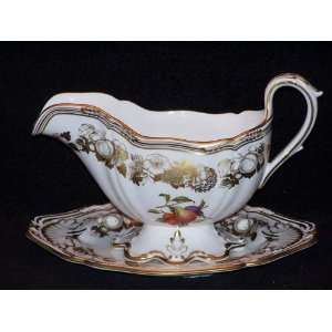Spode Golden Valley #Y7840 Gravy Boat With Tray   2 Pc