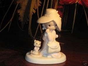 Precious Moments Figurine   To a Very Special Mom