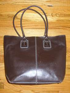 Tods pebbled leather purse handbag tote bag clutch metal hardware