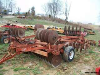 18 International 470 Wing Disc Plow/Cultivator