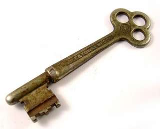Antique Yale & Towne Mfg Co YS Skeleton Key 2C 210 3 Hole Vintage