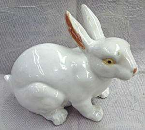 White Glazed Bunny Rabbit Porcelain Statue Foo Dog 8