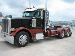 1995 Peterbilt 379 Custom Short Hood with a Wet Kit ((NO RESERVE)) in