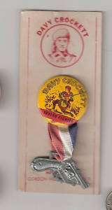 Davy Crockett Indian Fighter Pinback   Pin   Button