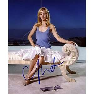 MENA SUVARI 8x10 Photo Signed In Person Home & Kitchen
