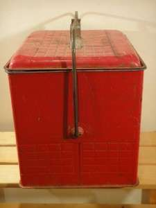 VERY GOOD CONDITION 1950S 1960S RED METAL COLA COOLER ICE CHEST