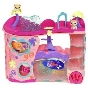 Littlest Pet Shop Pet Adoption Center Playset: Toys & Games