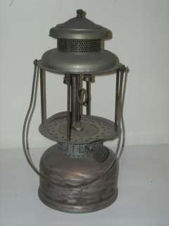 Antique Vintage 1920s Coleman Quick Lite Gasoline White Gas Lantern