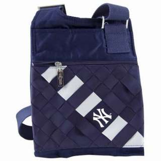 New York Yankees MLB Game Day Purse   Team Colors 7 by 8.75 by .25
